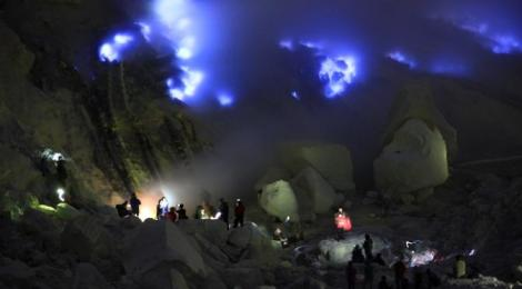 Mount Bromo Tour Ijen Crater 3 Days
